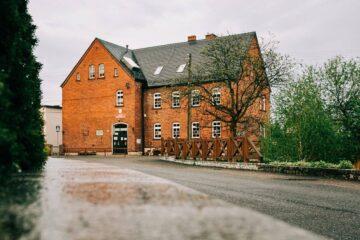 Szkoła podstawowa na gburach - Stare Siołkowice