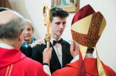 Uroczystość przyjęcia sakramentu Bierzmowania w Starych Siołkowicach