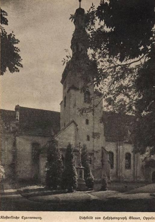 Klasztor Czarnowąsy - fot. Max Glauer