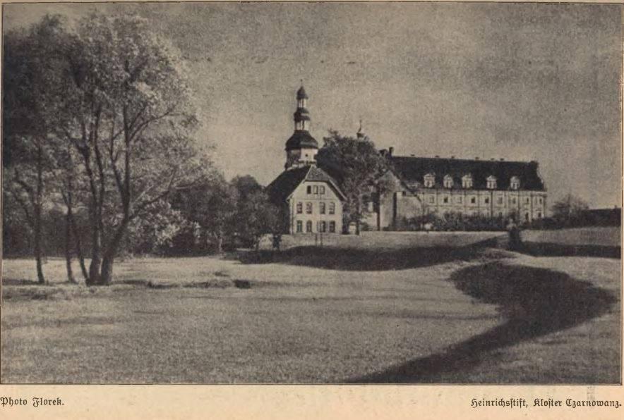 Klasztor Czarnowąsy - fot. Florek