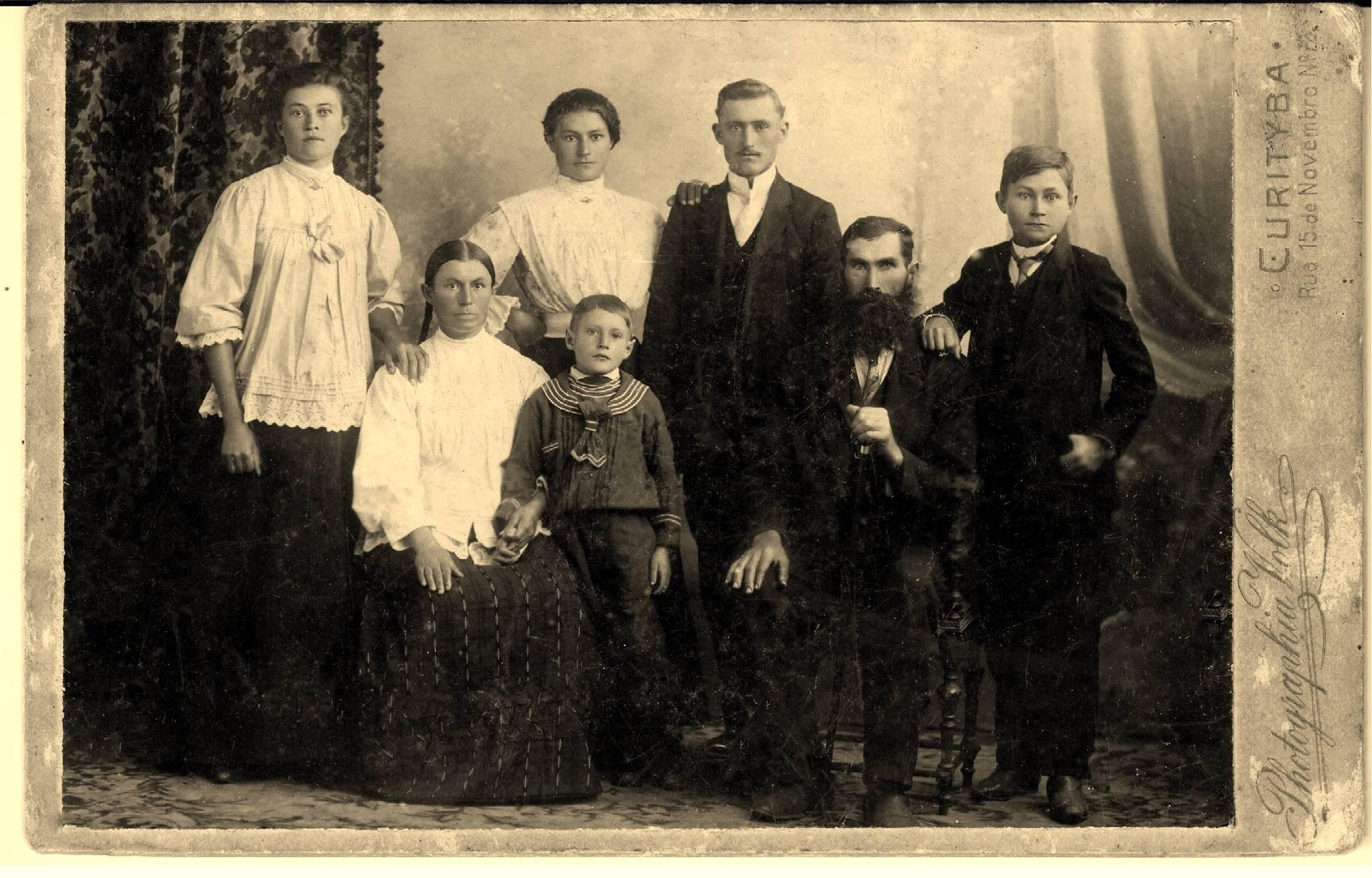 Familia Wosch - Gbur - emigranci z Siołkowic