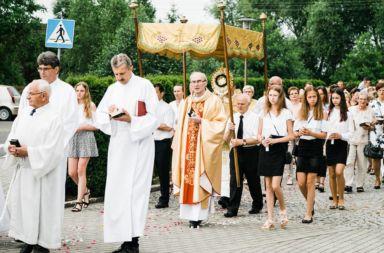 Ołtarze i procesja Bożego Ciała Stare Siołkowice