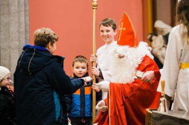 Mikołaj odwiedził dzieci na roratach - Stare Siołkowice