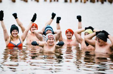 Morsy Popielów nad kąpieliskiem w Nowych Siołkowicach