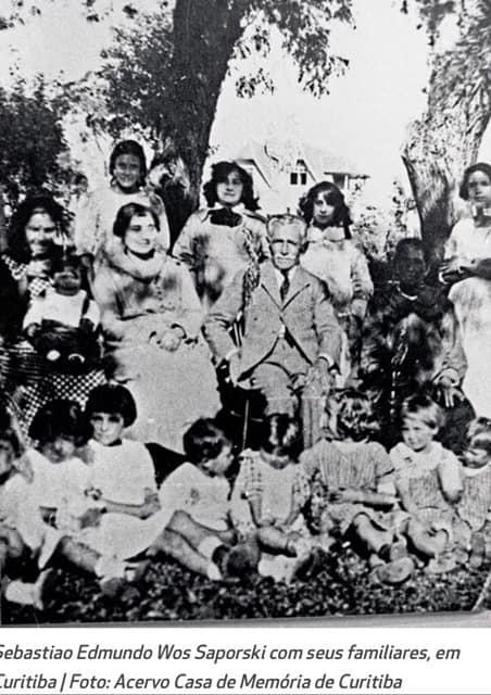 S.E. Woś Saporski z rodziną