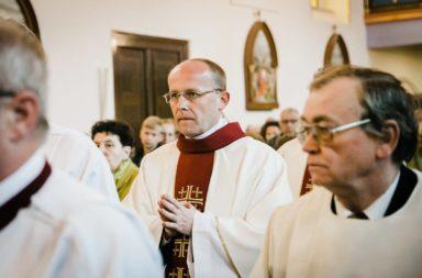 ks. Jarosław Ostrowski - Parafia Stare Siołkowice