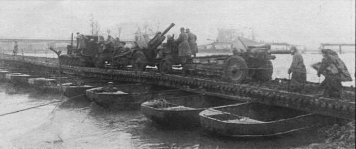 Przeprawa na Odrze - styczeń 1945 r.