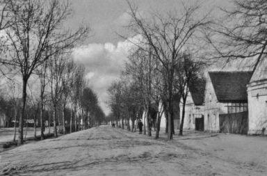 Ul. św. Michała w Siołkowicach przed wybrukowaniem.