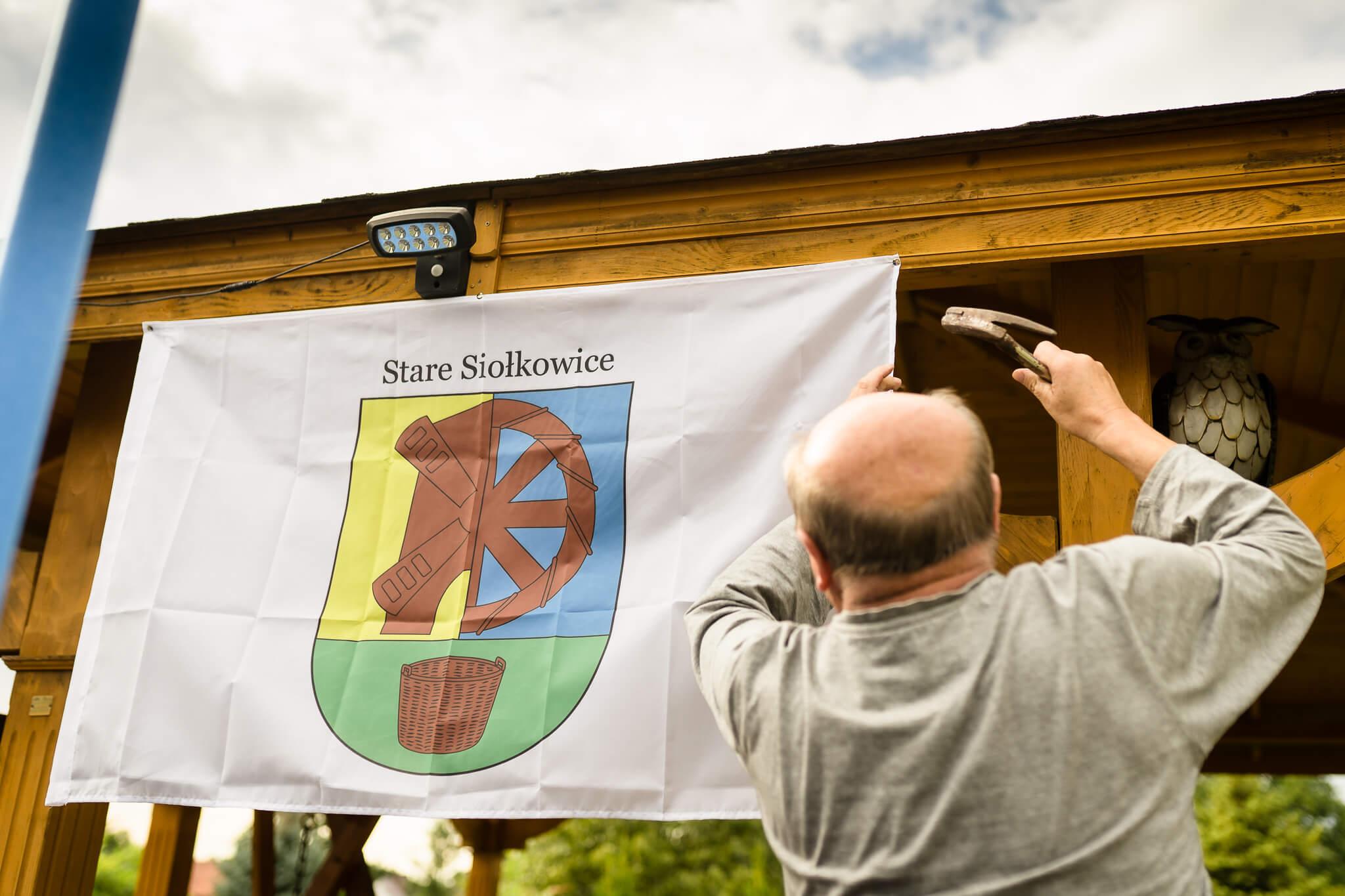 Stare Siołkowice ma swoją flagę
