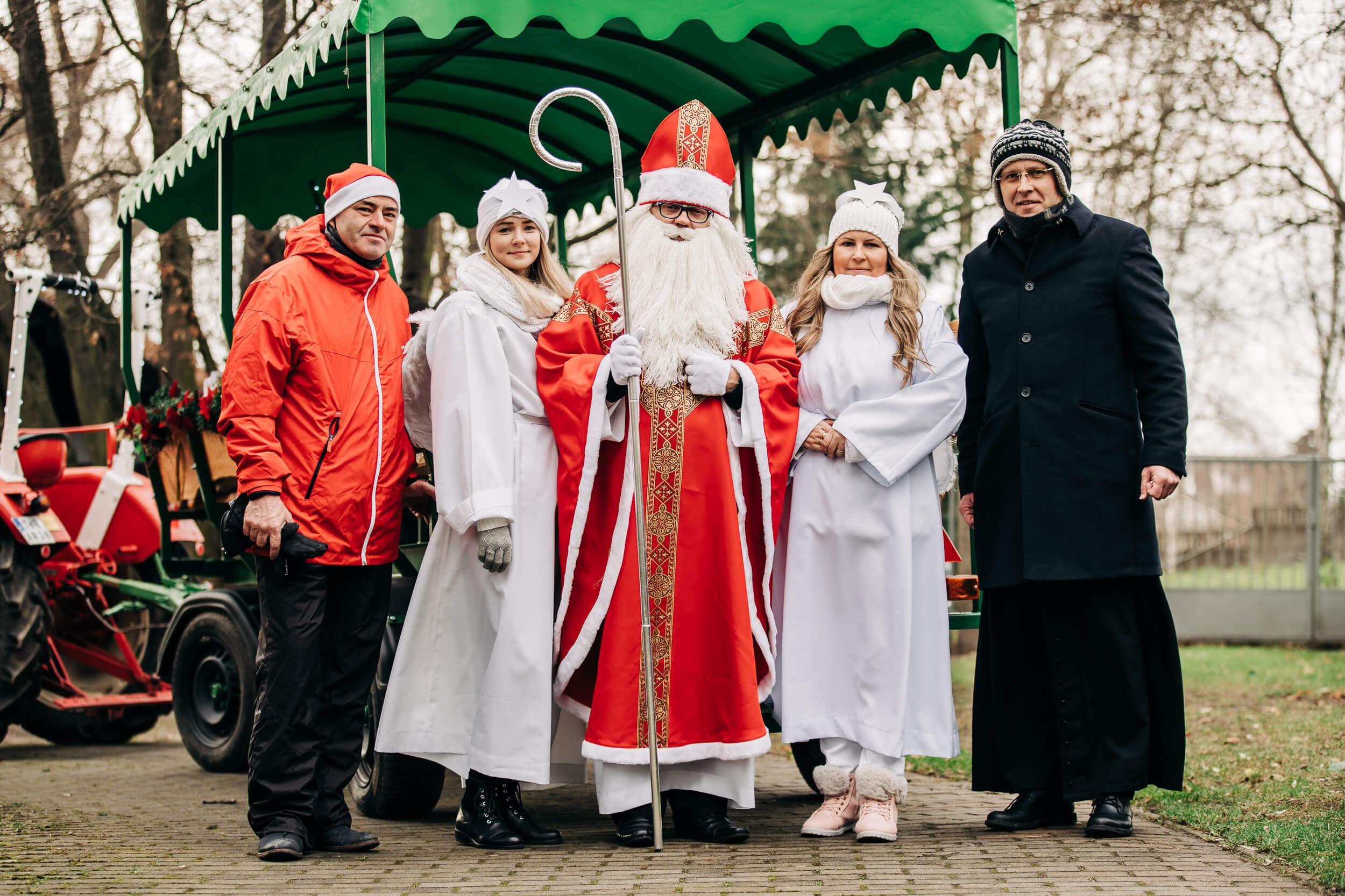 Święty patron dobroci przejadał ulicami Siołkowic