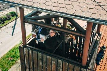 Muzykancki zagrali wielkanocny koncert z wieży OSP Stare Siołkowice