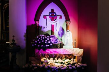 Pan Jezus złożony do grobu