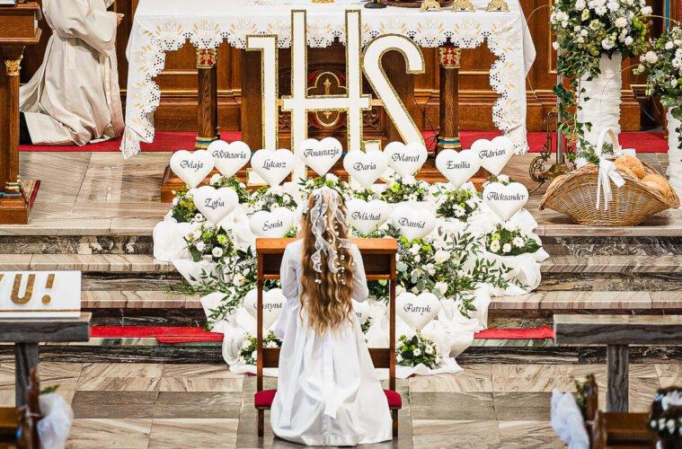 Pokażemy Uroczystość I Komunii Świętej w Starych Siołkowicach